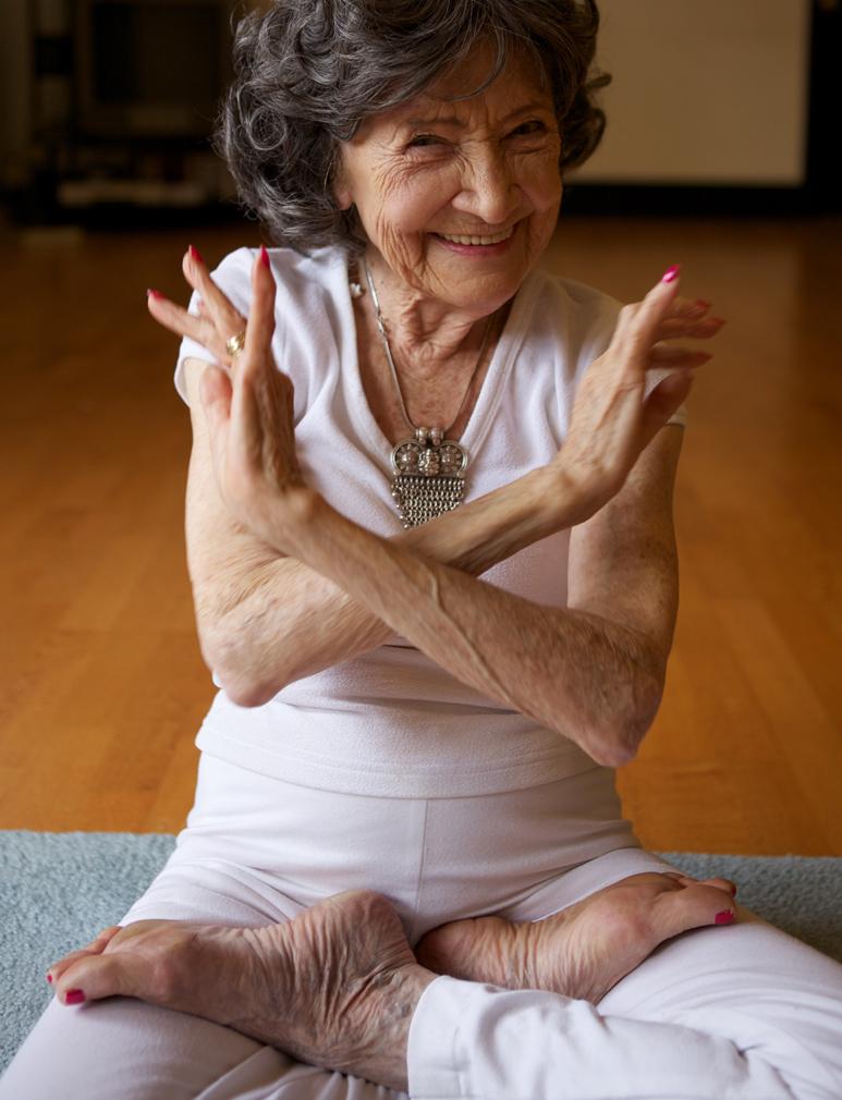 Тао Пошон-линч - знаменитая йогини в возрасте 96 лет.