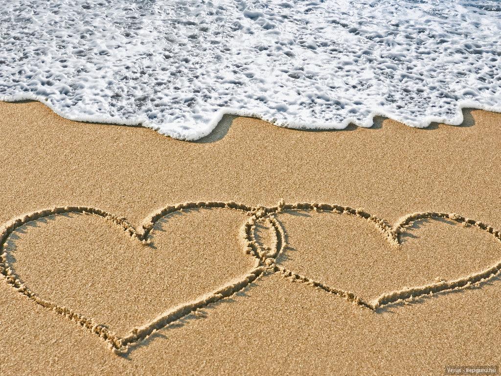 Любовь идеализируется обществом, нередко позиционируется в явной и неявной форме едва ли как не главный смысл жизни и эквивалент счастья.