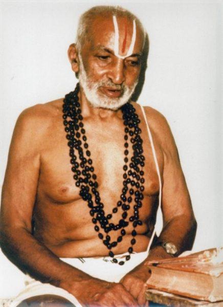 Ключом к пониманию вопроса о появлении «йоги асан» является личность Кришнамачарьи – отца современной йоги.